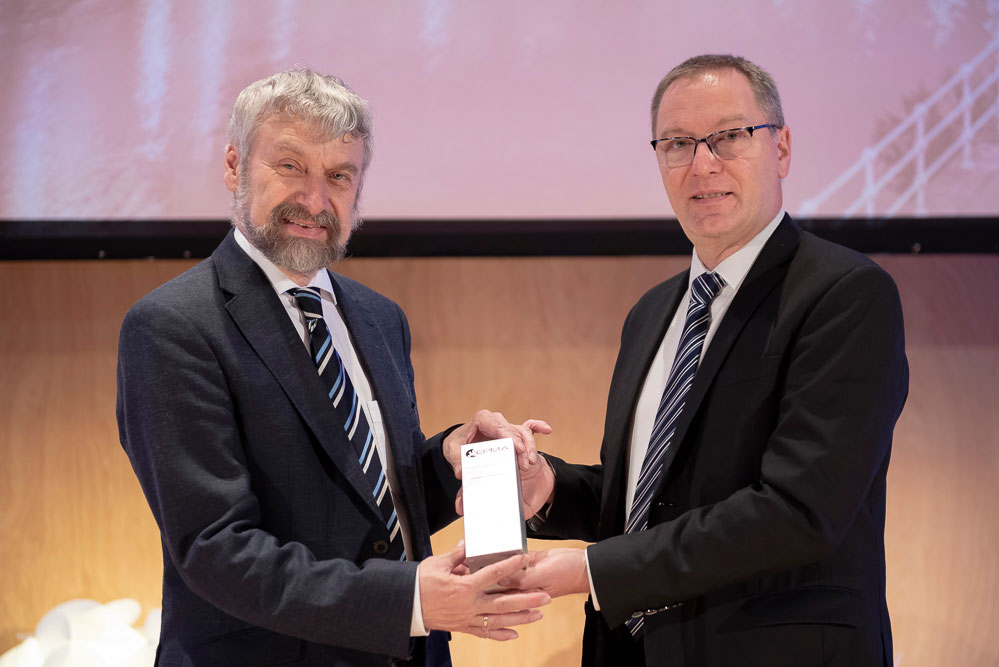 Herbert Danninger receiving the 2018 EPMA Fellowship Award