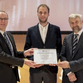 EPMA PM Thesis Competition winner - Doctorate / PhD Category - Dr Thomas Lapauw with EPMA President Mr Philippe Gundermann and Euro PM2018 TPC Co-Chair Prof Herbert Danninger